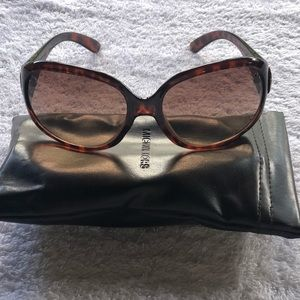 Michael by Michael Kira Tortoise shell sunglasses